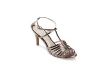 Quinna Molla Flaming Heels