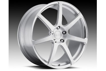 Niche Wheels Monotec Series T20 Scuderia 7 18 Inch Wheel