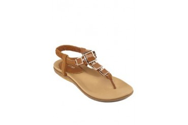 St3p Sandals with Buckle