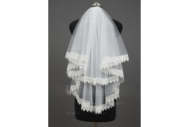 Two-tier Elbow Bridal Veils With Lace Applique Edge (006034406)