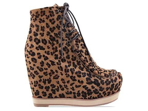 newest 2c671 976be Kobe Husk Les Pied Boots in Full Leopard size 11.0