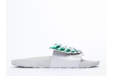 Adidas Originals X Jeremy Scott Gel Wings Adilette in White size 7.0
