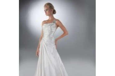"Davinci ""In Stock"" Wedding Dress - Style 50102"