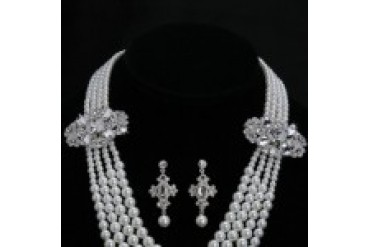 En Vogue Bridal Necklace and Earring Set - Style NL1007