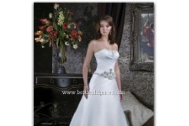 "Couture Collection ""In Stock"" Wedding Dress - Style 6062"