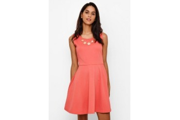 Chic Simple Flower Chain Flare Dress