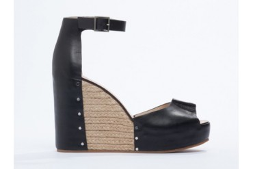 See By Chloe SB22121 in Black size 8.0