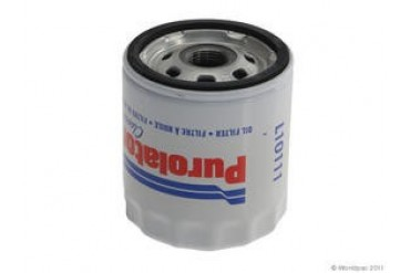 1982-2005 Buick LeSabre Oil Filter Purolator Buick Oil Filter W0133-1917778 82 83 84 85 86 87 88 89 90 91 92 93 94 95 96 97 98 99 00 01 02 03 04 05