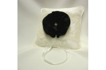 Simply Charming Ring Pillows - Style RP7105/BLK
