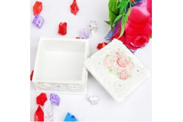 Romantic Flowers Resin Ladies' Jewelry Box (051040462)