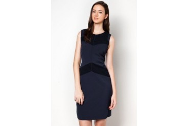 DressingPaula Textured Knee Length Dress