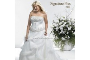 Private Label Signature Plus Wedding Dresses - Style 3331