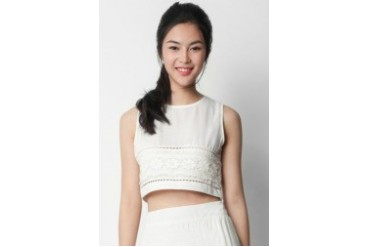EZRA by ZALORA Lace Trim Cropped Top