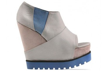Senso Vendetta in Light Grey Blue Sole size 9.0