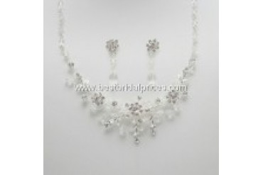 En Vogue Bridal Necklace and Earring Set - Style NL737