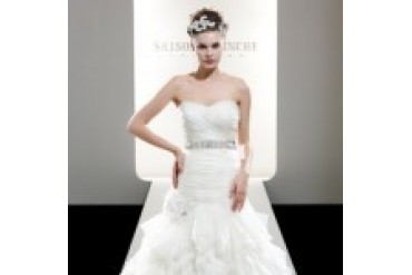 "Saison Blanche Couture ""In Stock"" Wedding Dress - Style 4197"