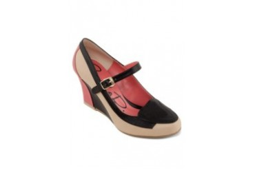 Carlo Rino Vinyl Court Wedges With Strap