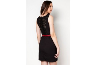 DressingPaula Knee Length Dress With Buckle Belt