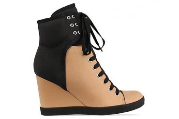See By Chloe SB20146 in Black Tan size 9.0