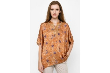 Accent Festive Collection Batwing Batik Print With Embroidery
