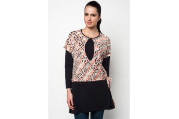 Aqeela Muslimah Wear Nursing Blouse With Leopard Prints