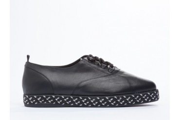 Farewell Derby Mens in Black size 8.0