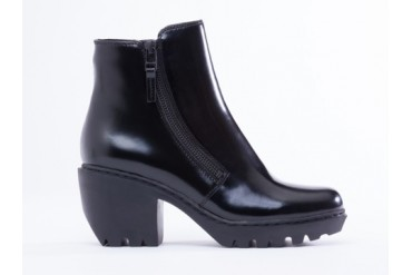 Opening Ceremony Grunge Double Zip Bootie in Black Leather size 6.0