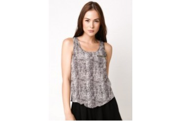 Tank Top with Zipper Pocket
