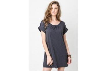 Roundneck Pleated Shift Dress