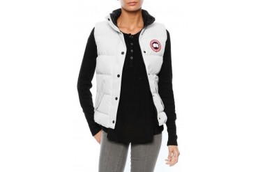 Freestyle Vest in Silverbirch - designed by Canada Goose