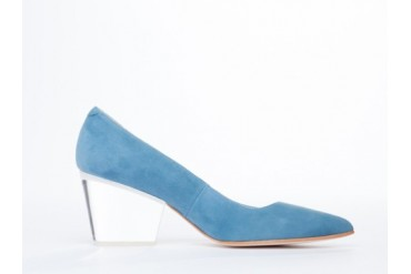 Emma Go Macy in Candy Blue Perspex Clear size 10.0