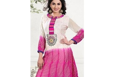 Enthralling Georgette Kurti