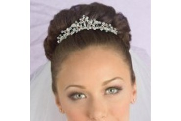 AA Bridal Headpiece with Veil VA1860