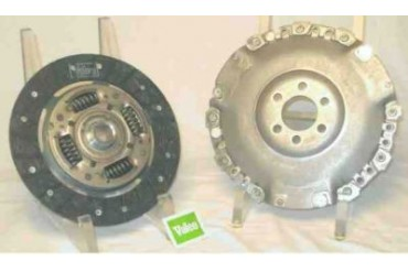 1995 Volkswagen Cabrio Clutch Kit Valeo Volkswagen Clutch Kit 52105604 95