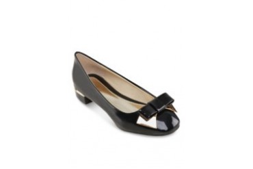 Dellie Metal Bow Flats