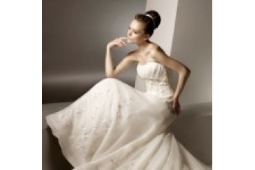 "Anjolique ""In Stock"" Wedding Dress - Style 2117"