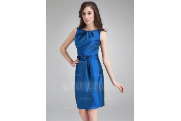 Sheath/Column Scoop Neck Knee-Length Taffeta Cocktail Dress With Ruffle Flower(s) (016021256)