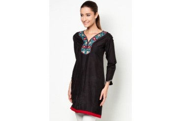 HiDY Exclusive Embroidered Tunic