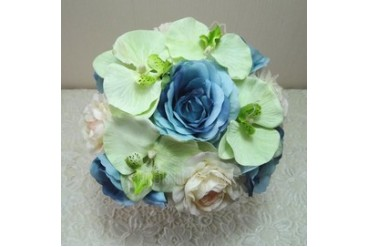 Eye-catching Hand-tied Cloth Bridal Bouquets (123047076)