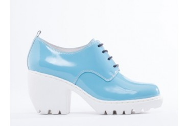 Opening Ceremony Grunge Oxford in Sky Blue Pearl Patent size 7.0