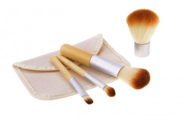 4 Piece Bamboo Make Up Brush Set - Brown