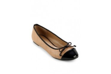 LES FEMMES Shoes Avarel Flat Shoes