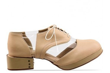 Deandri Archie Oxfords in Nude Clear size 7.0