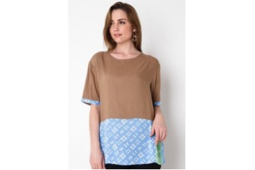 CRUSHBIE Two Panel Blouse