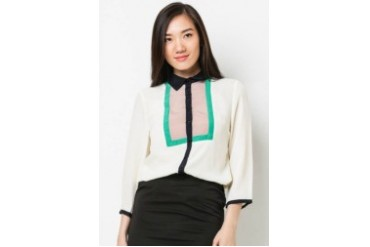 LS Blouse with black lining