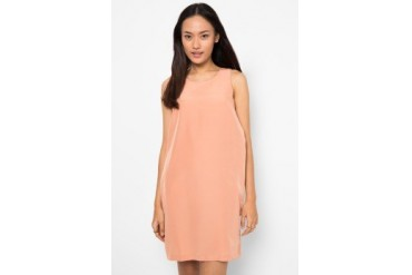 (X) S.M.L Back Wing Dress