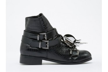 Depression Beetle High Cut Shoes in Black size 6.0