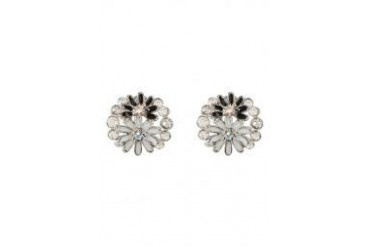 Black Queen Floral Cluster Stud Earrings