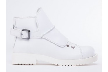 Jil Sander Navy Lace Up Boot in White size 8.0