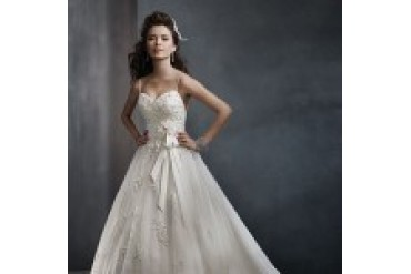 Alfred Angelo Wedding Dresses - Style 2300